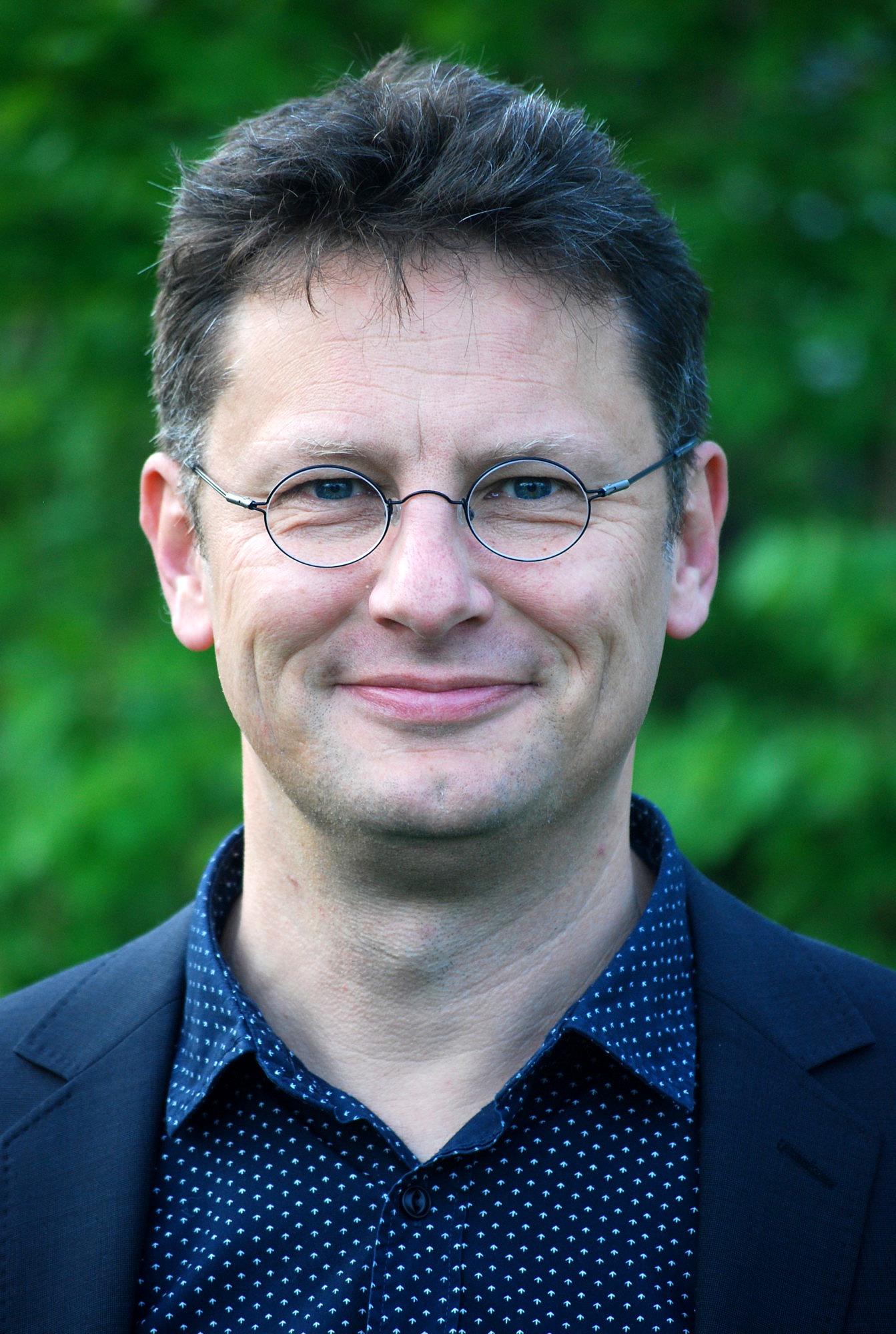 Dr. Walter Leitmeier
